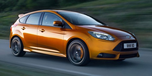 Ford-Focus_ST_2012_photo_09